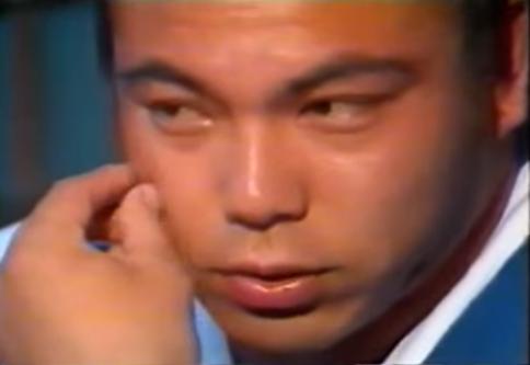 003 4 - 肩の脱臼癖を筋肉の鎧で補った伝説力士・千代の富士「弱い箇所があれば、周りを強くして補強すればいいんだ」
