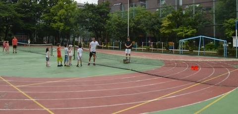 0074 - 【親子の会話が増える】南青山で行われている隠れた人気スクール「親子テニス」とは!?