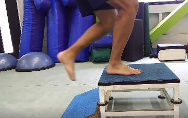 012 2 - 【特別コラム・舟橋 立二さん】アスリート向け!下腿の瞬発力をつけるトレーニングの段階的アプローチ【Vol.3】