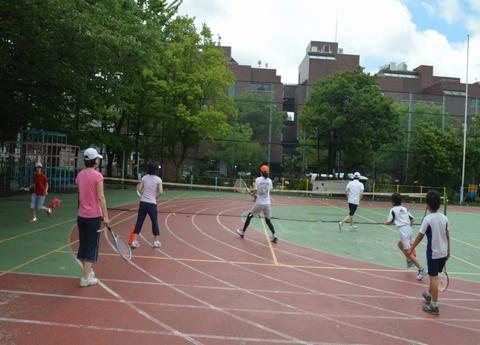 0121 - 【親子の会話が増える】南青山で行われている隠れた人気スクール「親子テニス」とは!?
