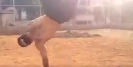 04 10 - 【世界レベルの自重トレ】こんなの100%モテる!ブレイクダンスの猛者が行う、空中腕立てからエアートラックスが凄い